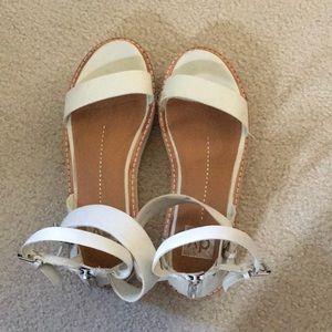 Dolce Vita Sandals 8.5